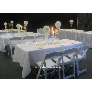RECTANGULAR TABLE CLOTH IN WHITE