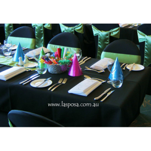 SQUARE TABLE CLOTH IN BLACK