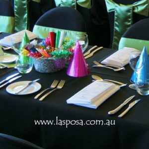 RECTANGULAR TABLE CLOTH IN BLACK